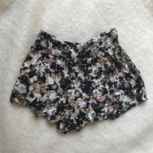 Lily White floral shorts